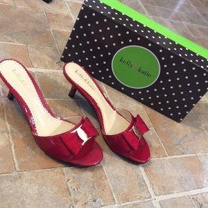 NWT Kelly & Katie Queena heel sandals size 6.5